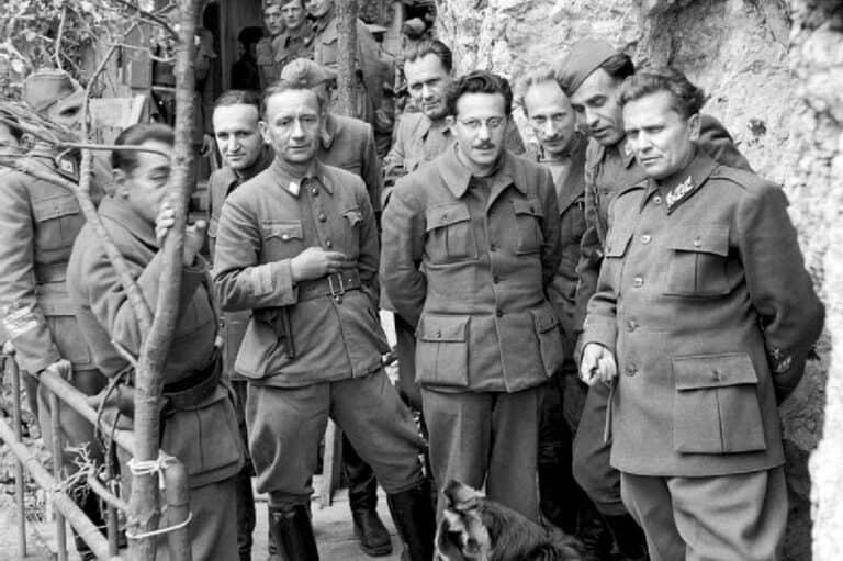Tito i partizansko vodstvo